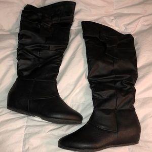 Shoes - Black boots - size 6